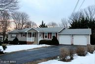 25 New Castle Drive Charles Town WV, 25414