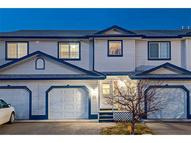 33 Stonegate Dr Nw #32 Airdrie AB, T4B 2V9