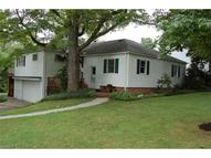7114 Pine St Chagrin Falls OH, 44022