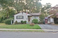 205 Auth Ave Iselin NJ, 08830
