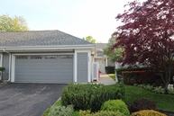 233 Lands End Ct Moriches NY, 11955