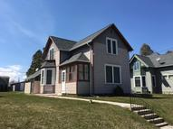 1122 S 12th St Manitowoc WI, 54220