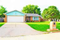 1041 Nw 24th Street Moore OK, 73160