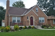 118 N Sterling Avenue West Peoria IL, 61604