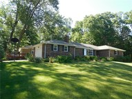 5437 South Westwood Drive Knightstown IN, 46148
