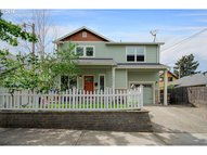 6507 Ne 7th Ave Portland OR, 97211