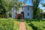 658 The Concourse Mill Neck NY, 11765