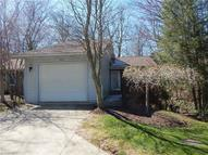 576 Forest Creek Dr Wooster OH, 44691