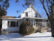 15 Forest St Mayville WI, 53050