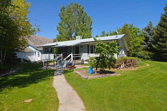 396 Sunset Road Arco ID, 83213