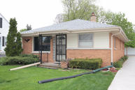 4140 N 95th St. Wauwatosa WI, 53222