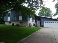 3292 Lakewood Dr Zanesville OH, 43701