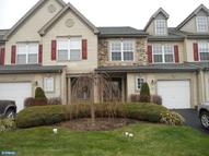 204 Carrington Ct Warminster PA, 18974