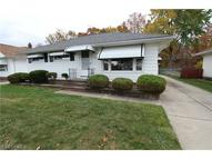 29410 Shaker Dr Wickliffe OH, 44092