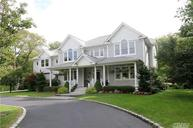 35 Breezy Hill Dr Fort Salonga NY, 11768