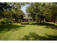 915 Red Oak Creek Drive Ovilla TX, 75154