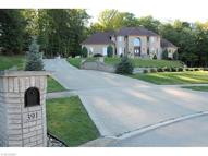 391 Village Dr Broadview Heights OH, 44147