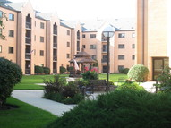7400 W. Lawrence Unit 227 Harwood Heights IL, 60706