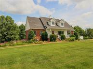 2942 Morgan Rd Joelton TN, 37080