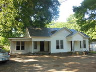 736 Main St. Ecru MS, 38841