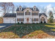 4 Excalibur Dr Sandown NH, 03873