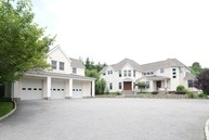 82 Carriage Hill Road Brewster NY, 10509