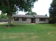 1204 First St Trumann AR, 72472