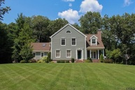 18 Deer Run Wilton NY, 12831