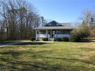 115 Holly Tree Circle Hendersonville NC, 28792