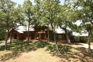 657 Springs Road Valley View TX, 76272