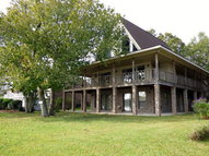 413 Lakeshore Dr. Carriere MS, 39426