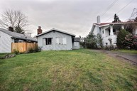 8416 17th Ave Sw Seattle WA, 98106