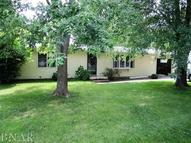 302 W Oak Heyworth IL, 61745
