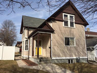 1208 S 14th St Manitowoc WI, 54220