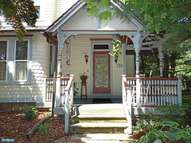 132 N Lincoln Ave Newtown PA, 18940