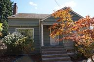 1025 S 112th St Seattle WA, 98168