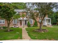 5126 Seven Oaks Dr Clifton Heights PA, 19018