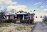 2411 Mcgee Dr Louisville KY, 40216