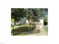 21107 Kenyon Dr Maple Heights OH, 44137