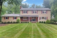 3 Winslow Dr Martinsville NJ, 08836
