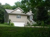 4002 Sycamore Dr Mount Pleasant IA, 52641