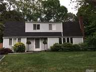 7 Imperial Dr Selden NY, 11784