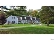11 Hedge Brook Lane Stamford CT, 06903