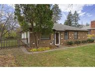 1305 Welcome Avenue N Golden Valley MN, 55422