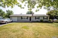 915 Sipp Ave East Patchogue NY, 11772