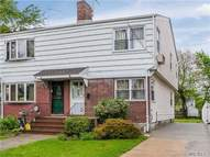 152-64 10th Ave Whitestone NY, 11357