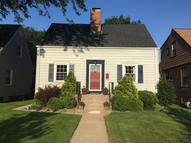 1621 Parkview Avenue Whiting IN, 46394