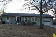 1207 S 9th St Clinton MO, 64735