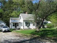 27 Ainsworth Rd Claremont NH, 03743