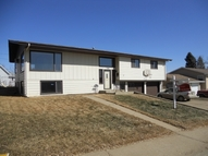 706 Sweetbriar Rd Nw Mandan ND, 58554